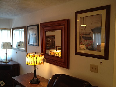 Picture of lamps and mirrors